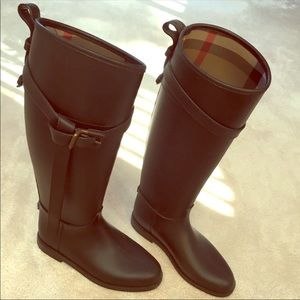 Burberry Roscot Belted Waterproof Riding Boots 36